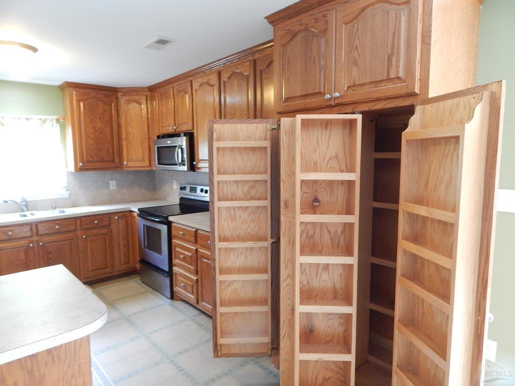 Ample Cabinet and Storage in Kitchen